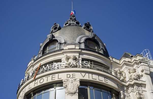 LE BHV MARAIS - Shop as a Parisian